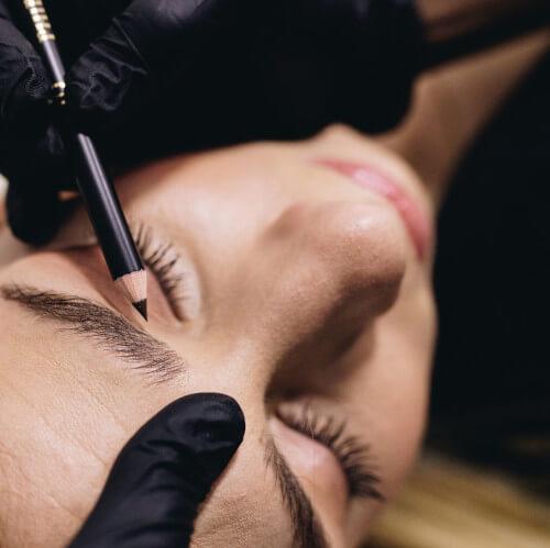 Le maquillage permanent avec Melticolor, salon d'esthétique à Villeurbanne